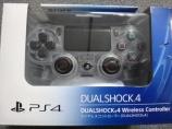PS4専用 ワイヤレスコントローラー CUH-ZCT1J09 クリスタル色入荷しました。