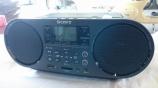 スマホと接続、ラジオも簡単録音できる ZS-RS80BT が密かな人気です。